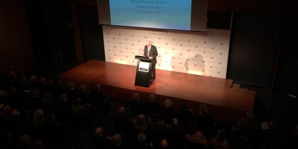 Richard Sennett propone abrir las ciudades europeas, democratizarlas y hacerlas sujetos políticos
